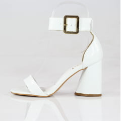 Sandália Minimalista Salto Alto Geométrico Verniz Branco