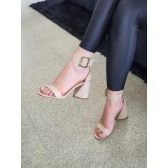 Sandália Minimalista Salto Alto Geométrico Verniz Nude